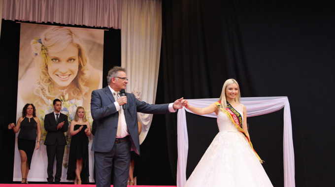 Klaus Exler Mit Miss Germany 2017