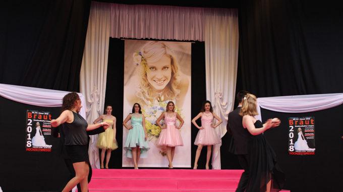 Tänzer Von Unserer Tanzschule