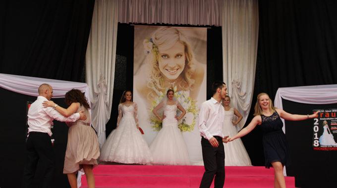 Unsere Tänzer Mit Den Braut-Models
